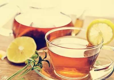 多喝这10种排毒花茶,让